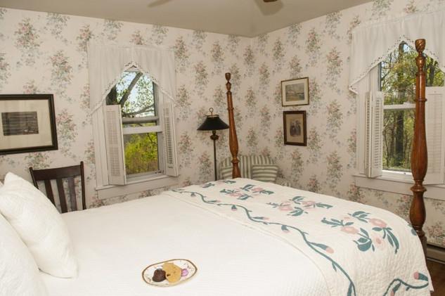 Room-1-768x510.jpg