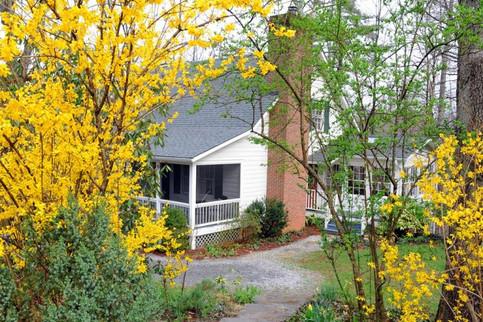 Laurel-Cottage-March-18-768x512.jpg
