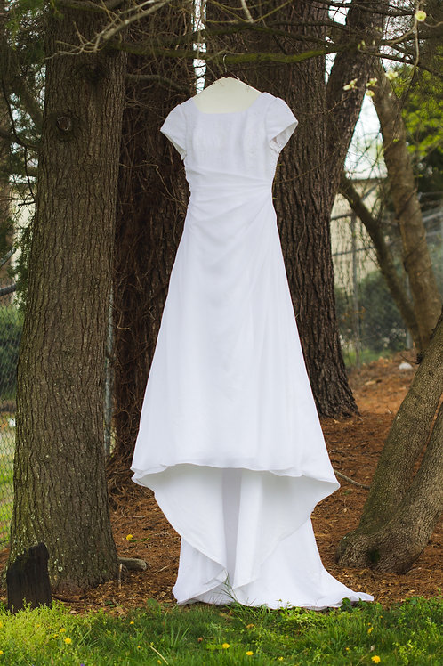 Size 16/18 White Beaded Gown