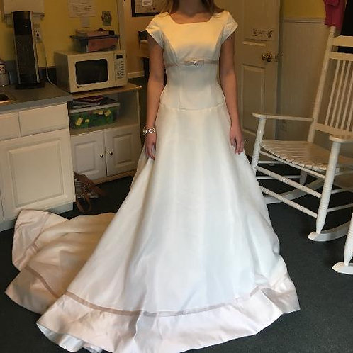 Size 2 Allyse's Bridal