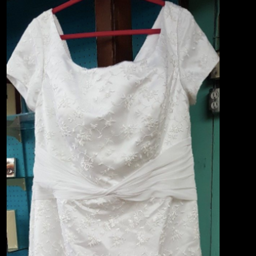 NEW Size 26 Simple Lace