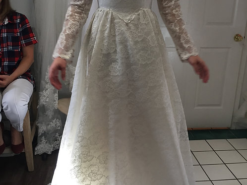 Size 4 Long Sleeve Lace
