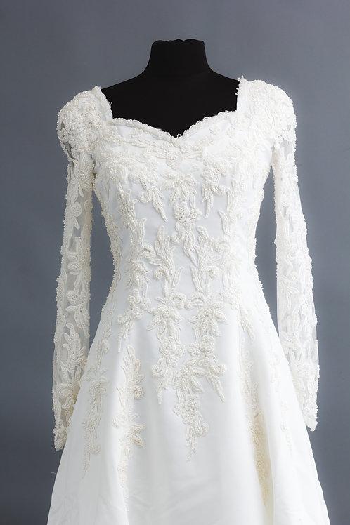 Size 8 White Beaded Long Sleeve