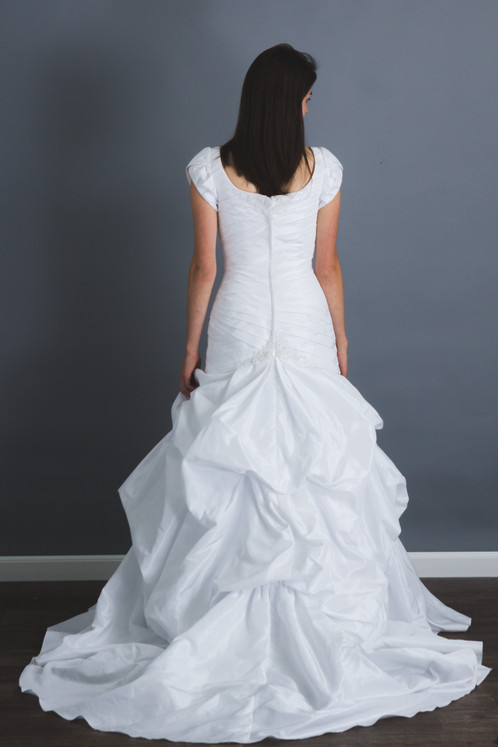NEW Size 4 White Lace Tulle | My Modest Gown: Budget Modest Wedding ...