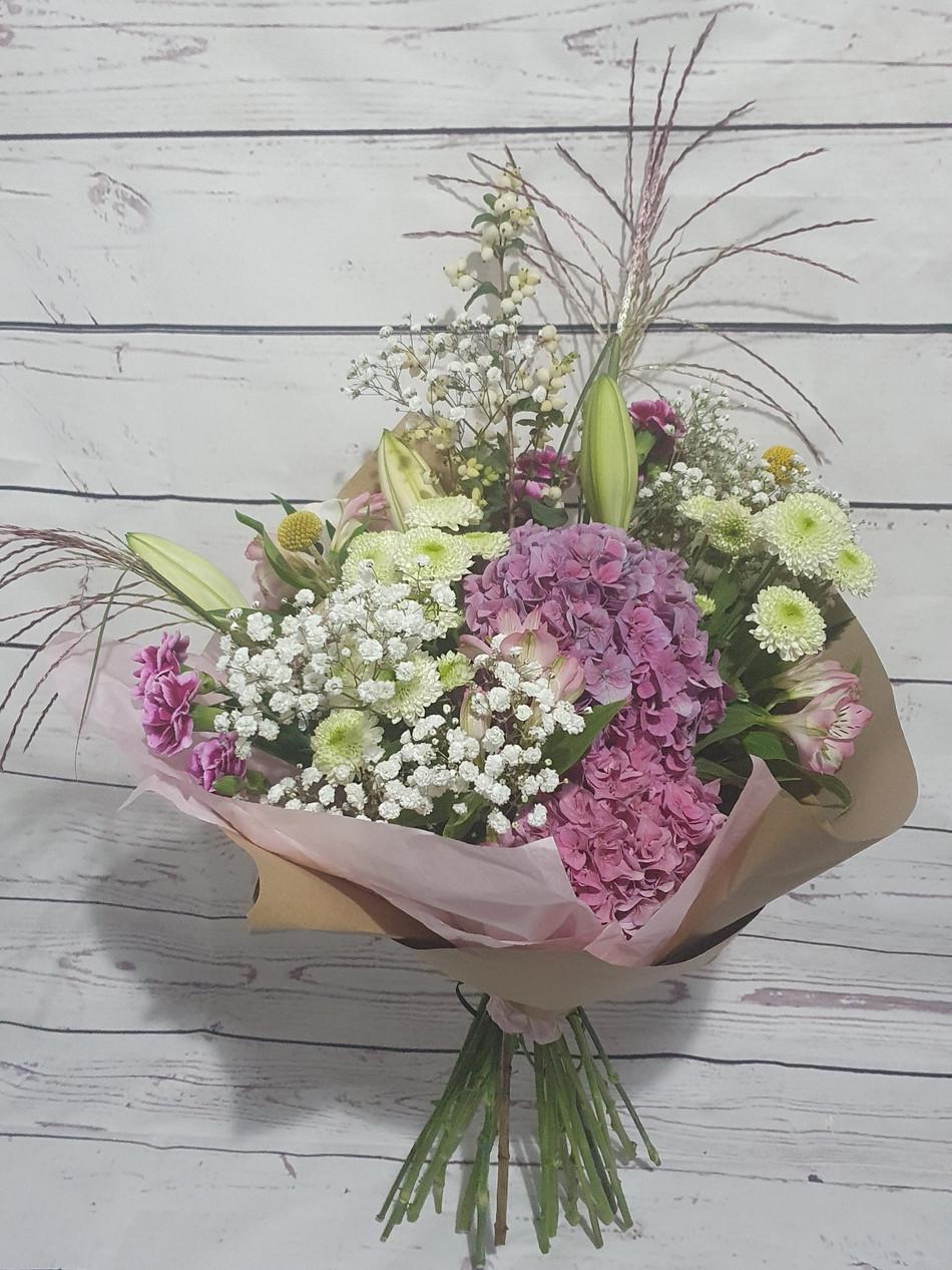 Hand-tied Customer Choice of Flowers