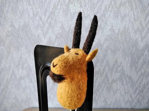 キルギス羊毛フェルト 動物マグネット 山やぎ