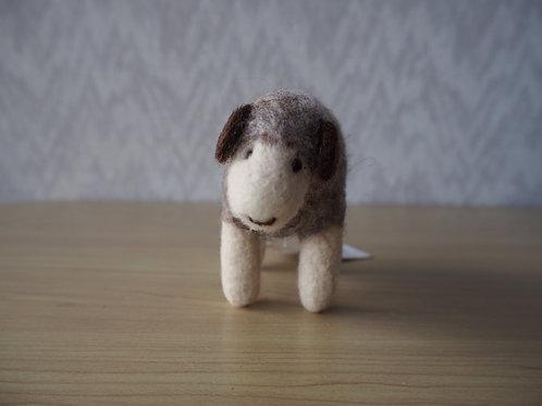 キルギス羊毛フェルト 動物マスコット 羊S(送料込み)