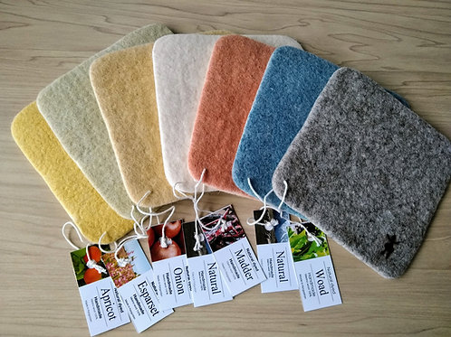 キルギス羊毛フェルト コースター 草木染め7枚セット(送料込み)