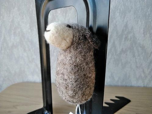 キルギス羊毛フェルト 動物マグネット 羊(送料込み)