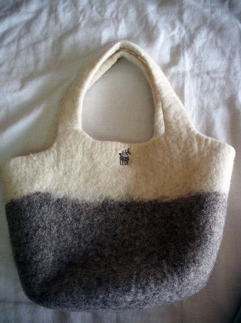 キルギス羊毛フェルト トートバッグ サイズ/小 草木染め/無 ナチュラルグレイ(送料込み)