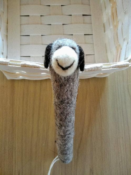 キルギス羊毛フェルト ペンカバー 羊(送料込み)
