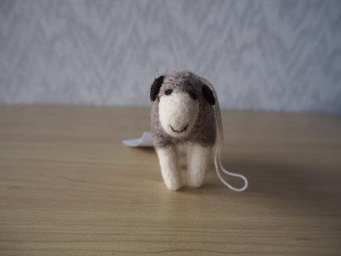 キルギス羊毛フェルト 動物マスコット 羊M