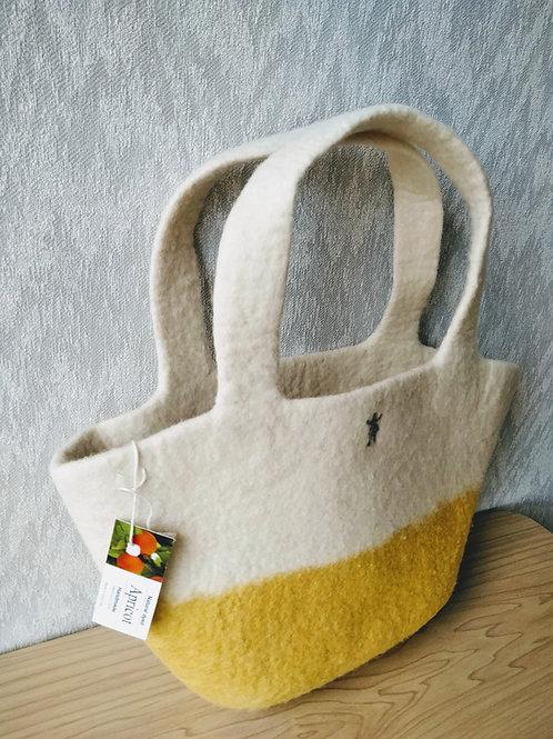 キルギス羊毛フェルト トートバッグ サイズ/小 草木染め/アプリコット