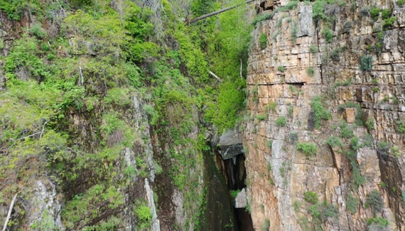Cold Springs Canyon Falls