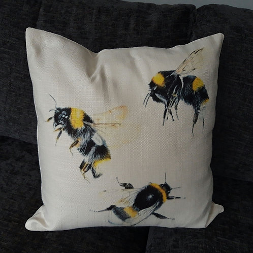 Busy bee Rustic cushion