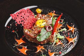 modern-restaurant-dish-veal-tartare-with