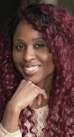 Sara Devine Bio Photo SM.jpg