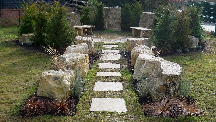07-Aman-Kapila-Memorial-Garden-Theale-Gr