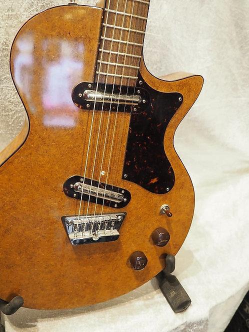 Oswald Guitars BariDan Danish Walnut