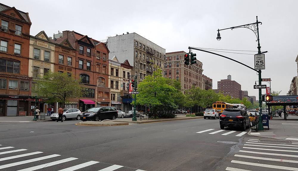 New York, Harlem, Malcolm X Boulevard, Imbolo Mbue