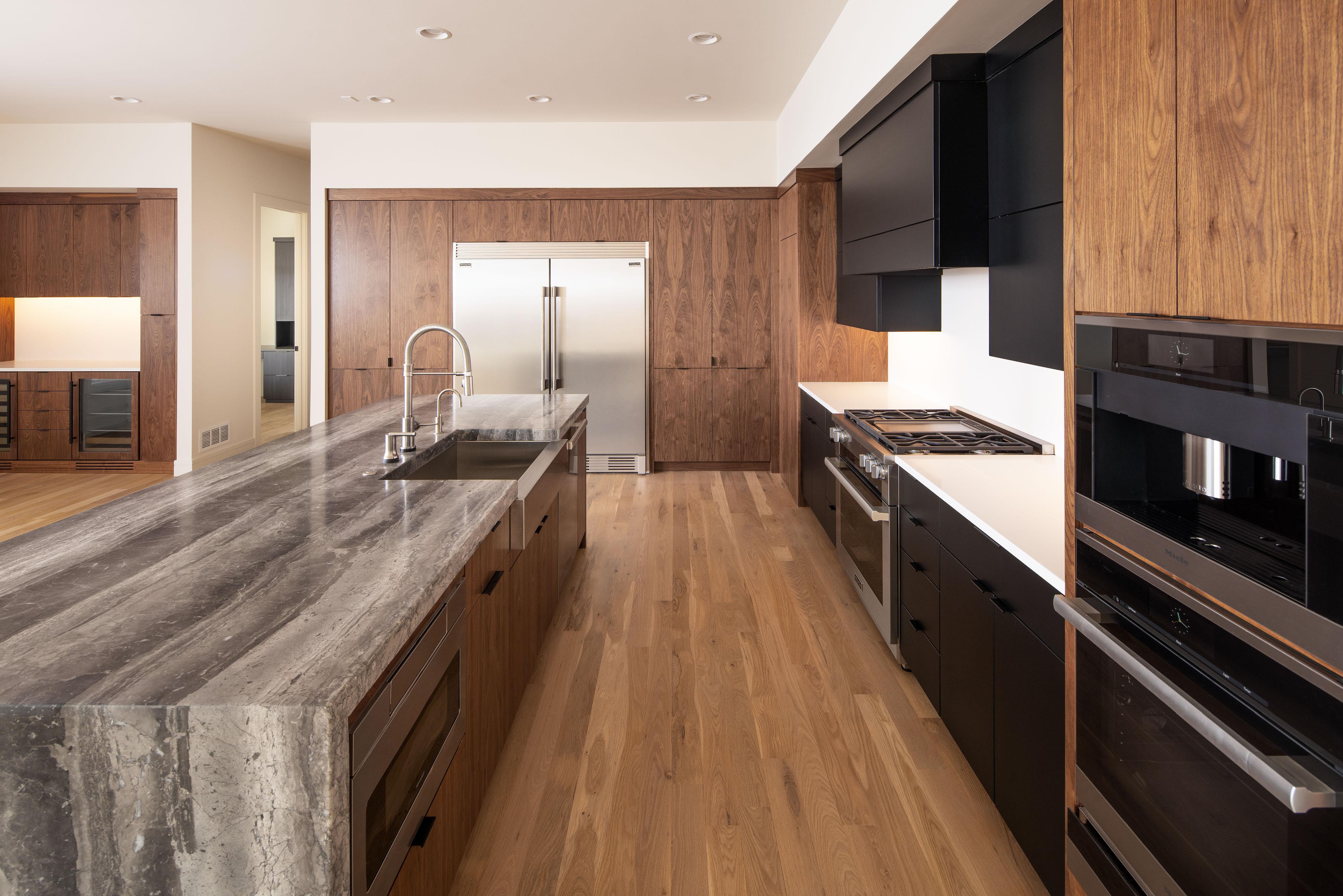 Eurowood Cabinets, Inc. - Beautiful Kitchens
