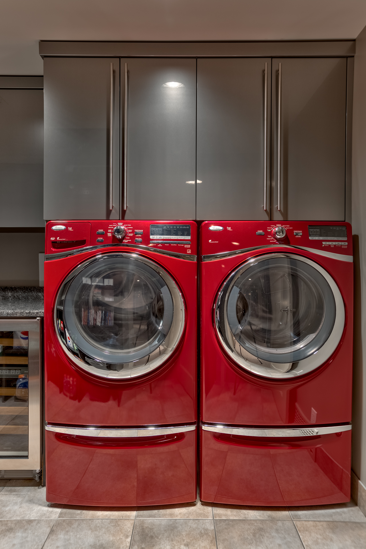 High Gloss Laundry Room