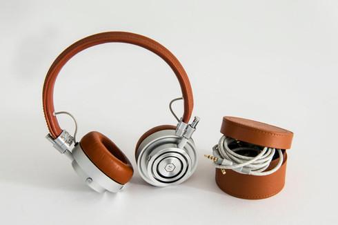 koptelefoon-master-dynamic-1200x799.jpg