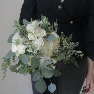 Medium Bridal Bouquet