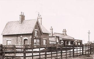 Thornton_Abbey_1913.jpg
