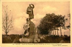 Monument0125.jpg