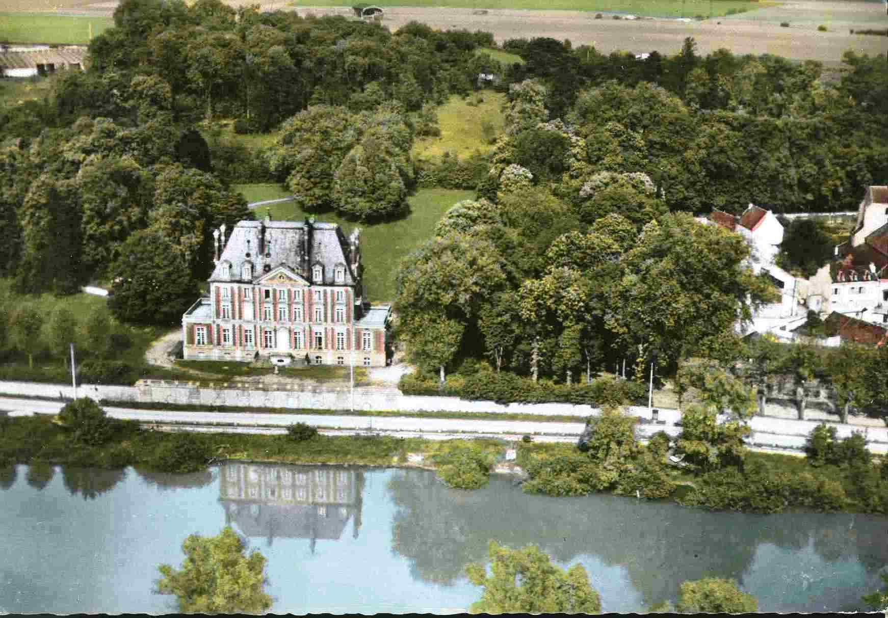 Chateau0019.jpg