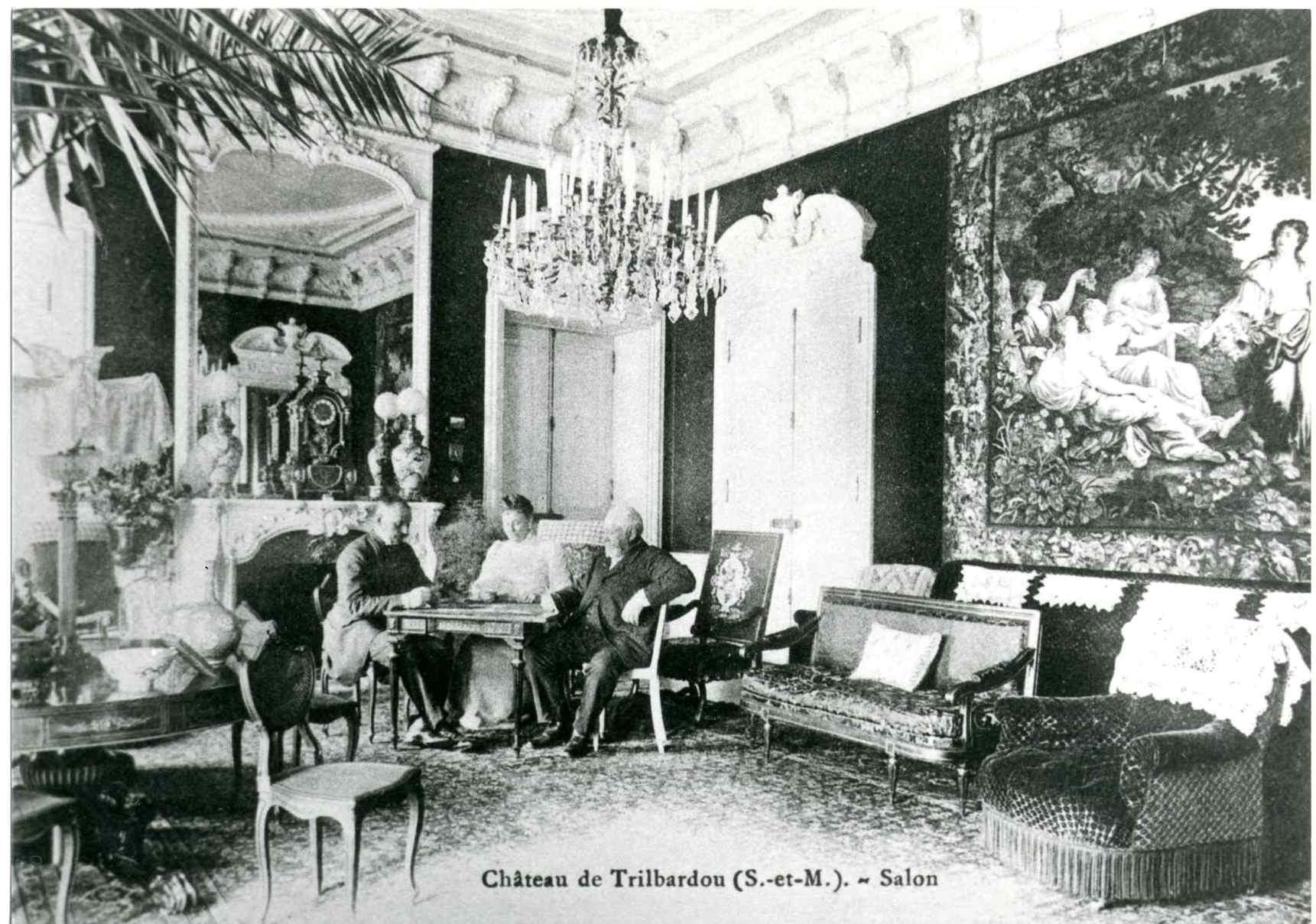 Chateau0101R.jpg
