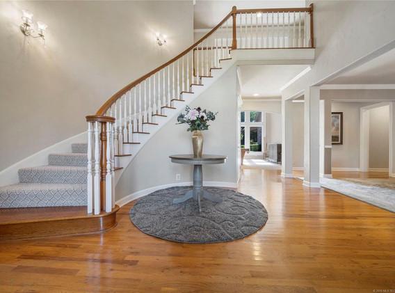 entryway_remodel_interiors_designers_in_Tulsa