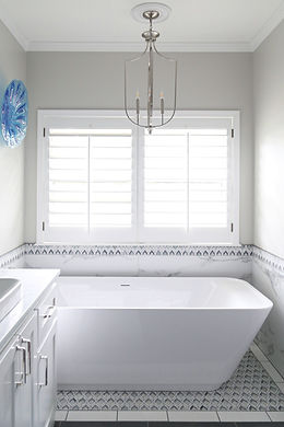 new_bathtub_918_interiors_Tulsa_OK