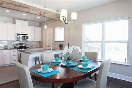 Kitchen_and_dining_combo_918_Interiors.j