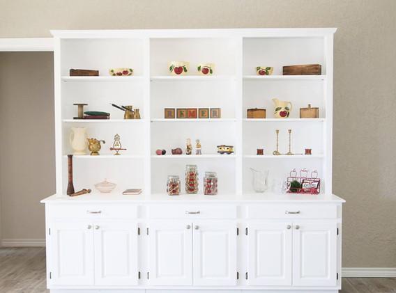 Okmulgee_Kitchen_Remodel_white_bookshelf_designers_in_Tulsa