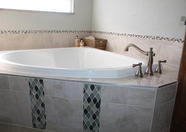 918_interiors_bathroom.JPG