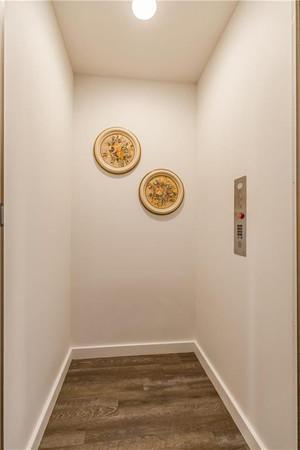 9 Elevator.jpg