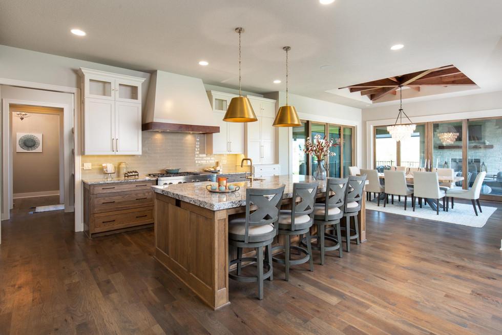 8b Kitchen.jpg