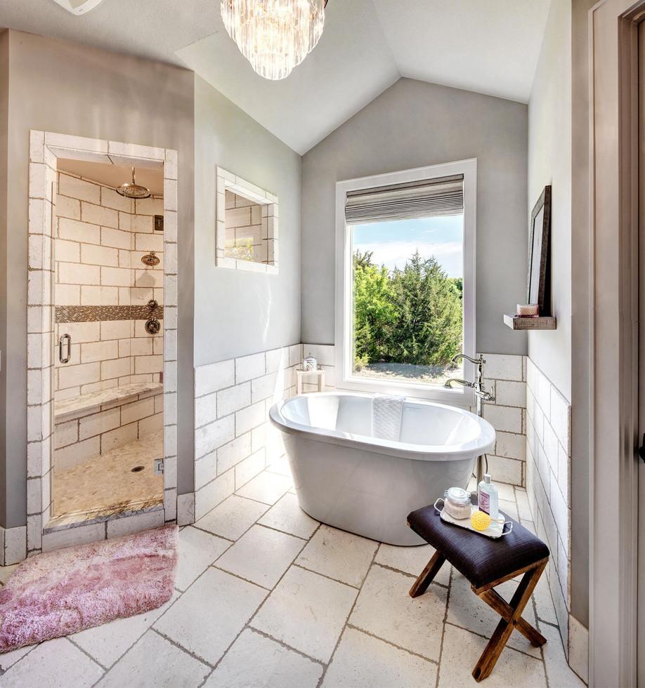 6b Master Bath.jpg