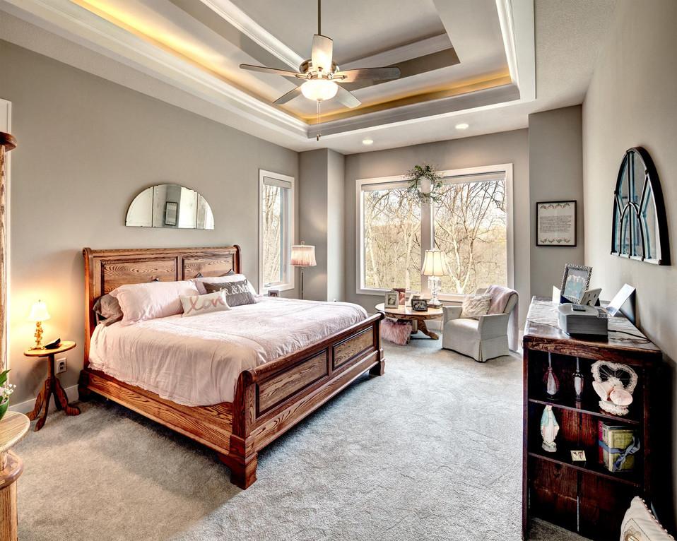 9 master_bedroom.jpg