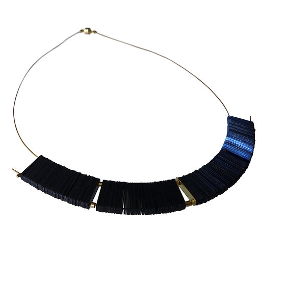 midnight arch necklace