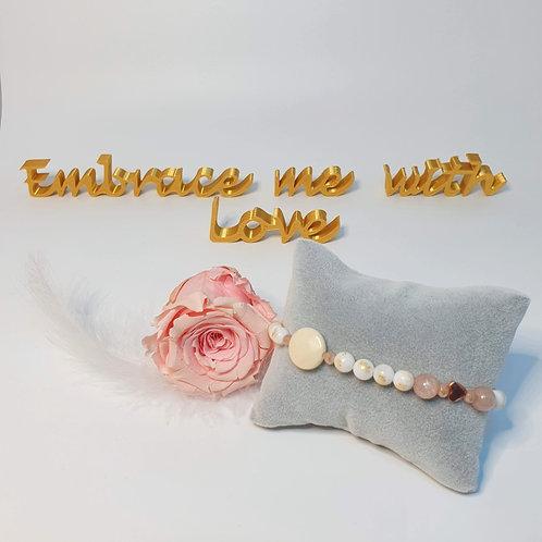 Perlenarmband, elastisch in hellen Tönen