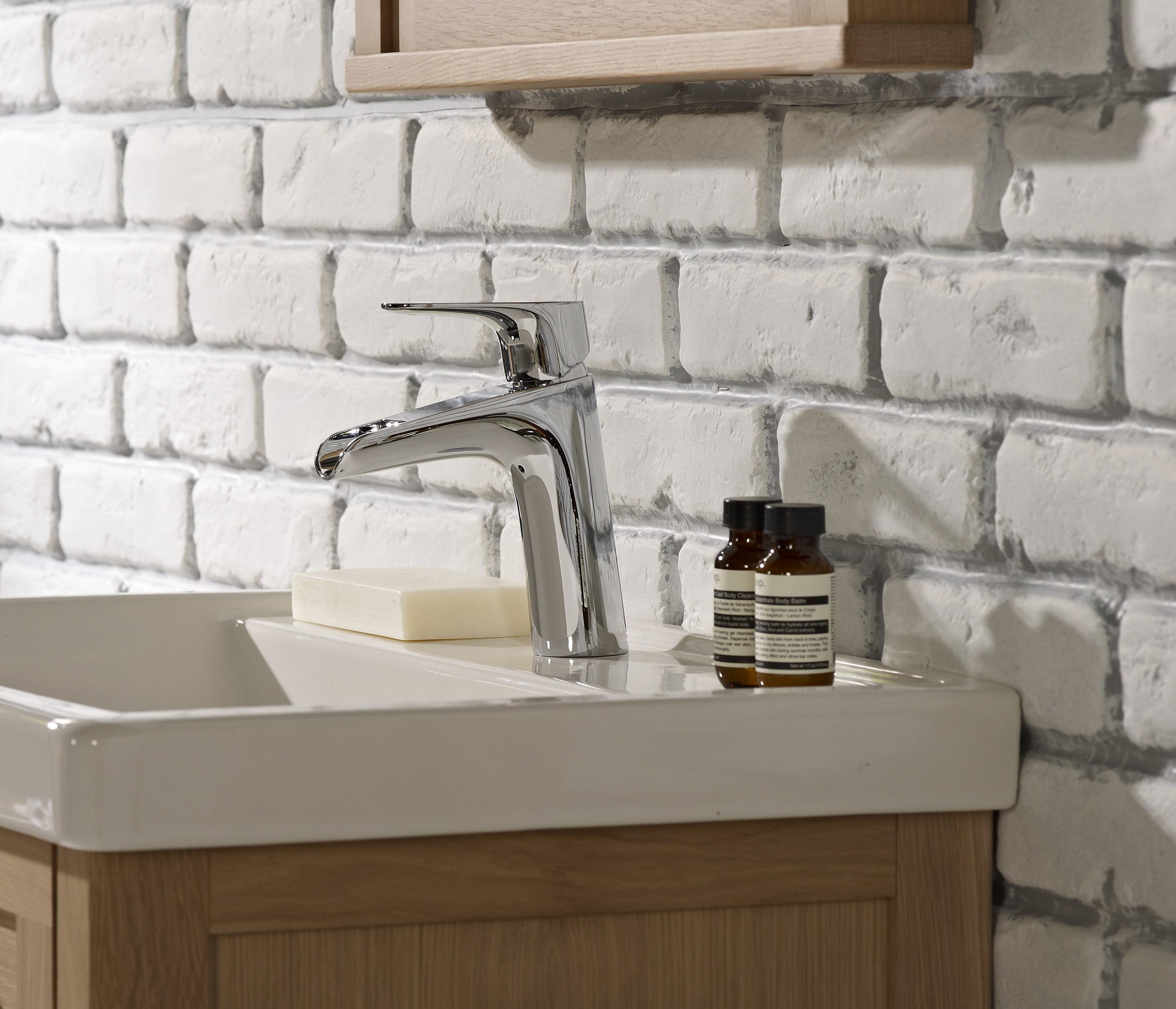 Artisan basin detail