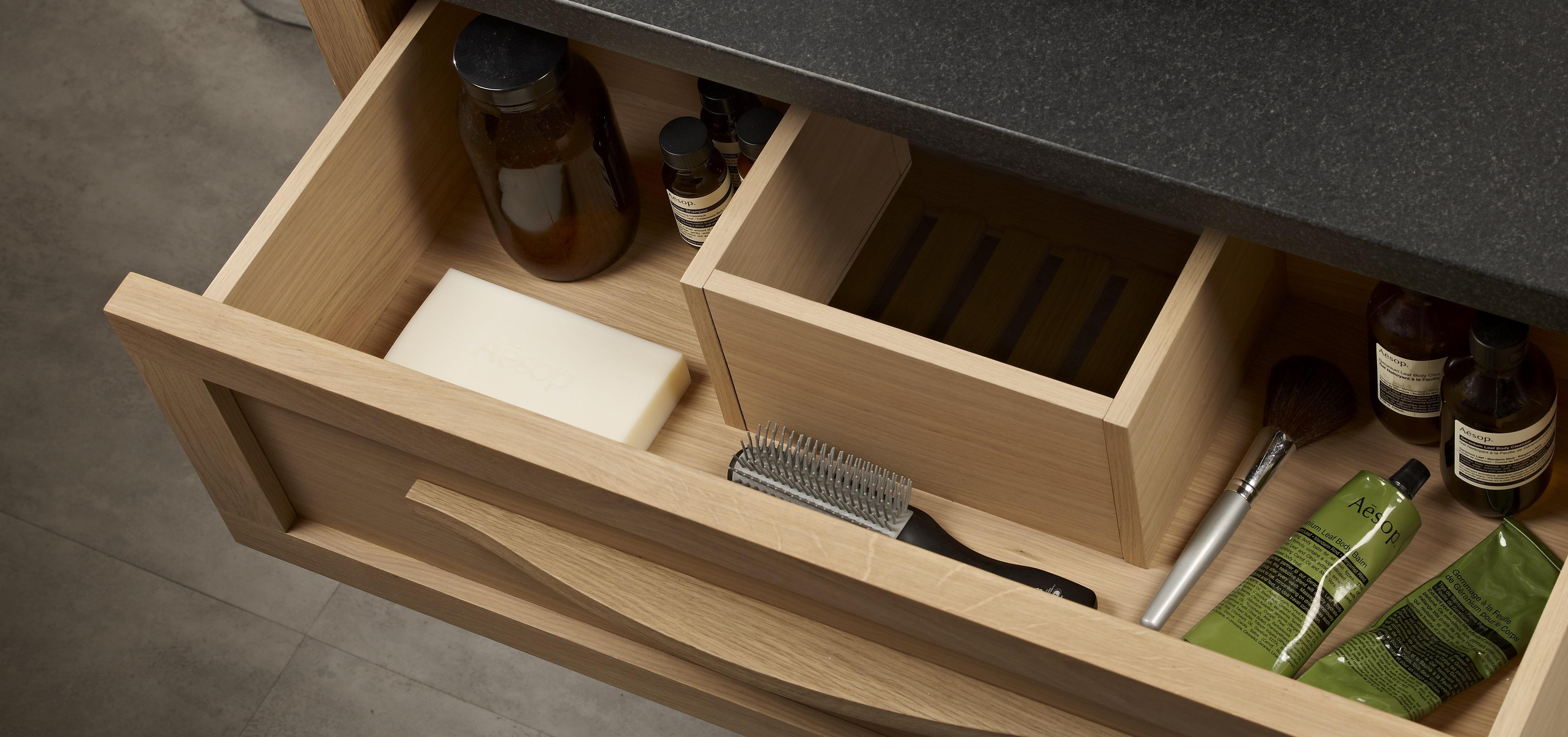 Artisan open drawer