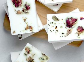 soap petals 3000x3000.png