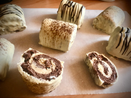 VERY MOREISH CAPPUCCINO MINI ROLLS