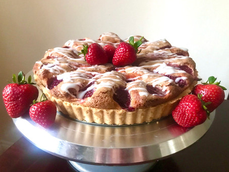 Fresh Strawberry & Vanilla Tart-Cake
