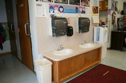 bathroom/sinks