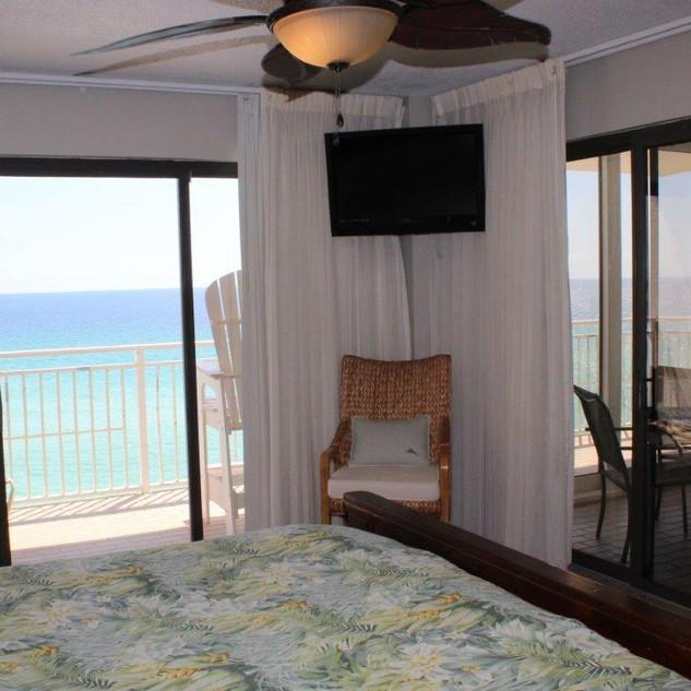 D601 Master Bedroom (5).jpg